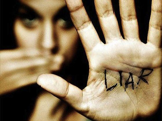 liar-hand