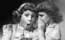girls-telling-secrets
