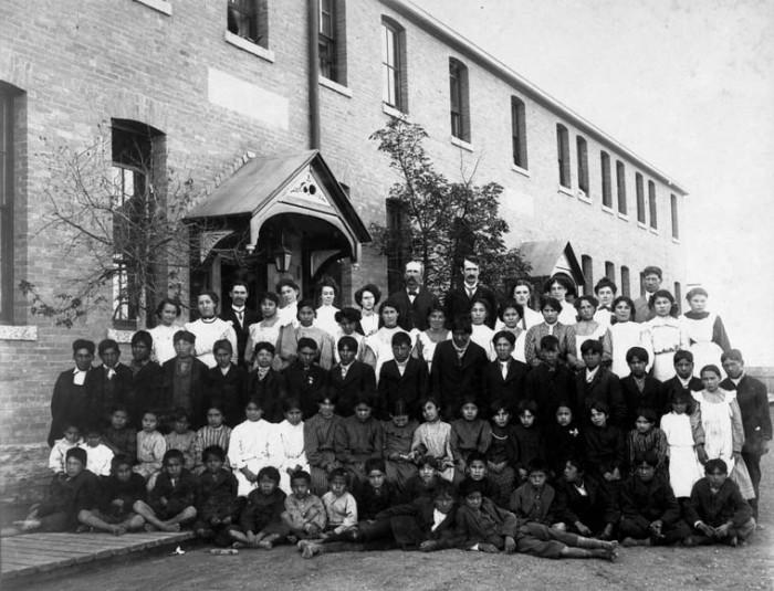 residential-school-canada