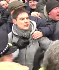 Jake Clarke EDL 2018-03-18 police blocking